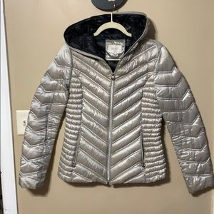 Laundry by Shelli Segal Silver Down Puffer Coat